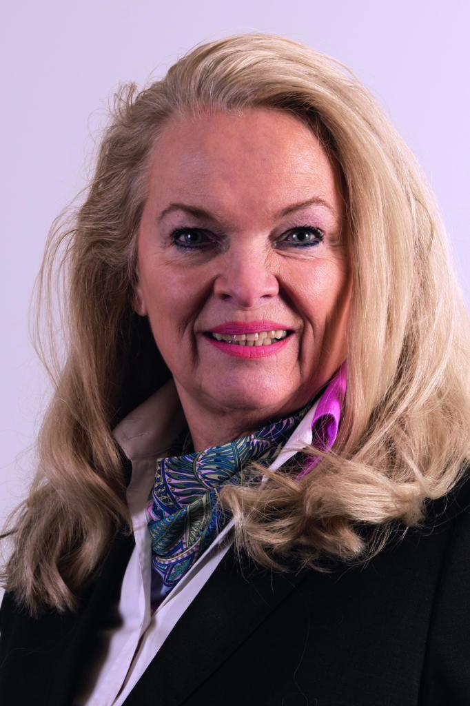 30. Annette Resch